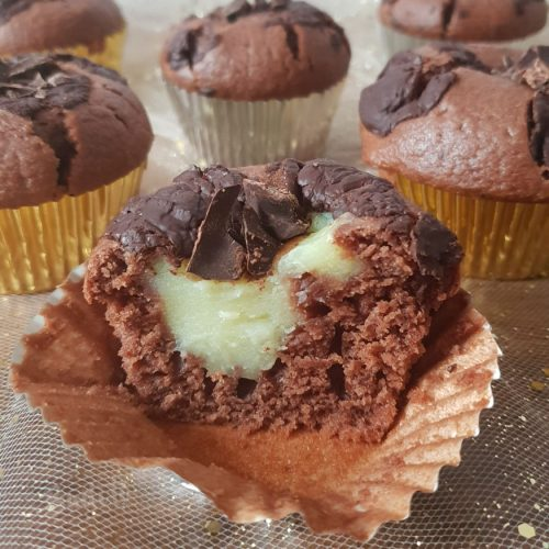 Muffins de chocolate con relleno de vainilla