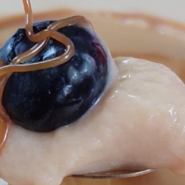 Natilla de cajeta hecha con Budito®, un postre fácil de preparar