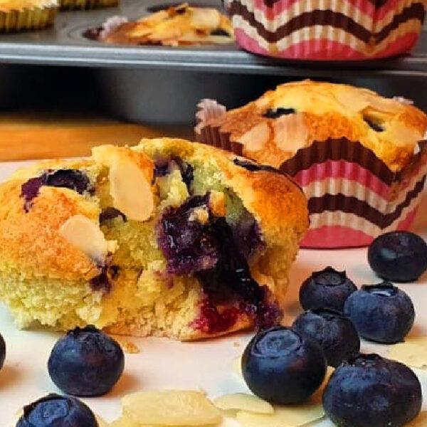 Muffins con harina de almendras y monk fruit