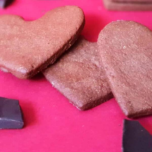 Galletas para San Valentín, corazones crujientes